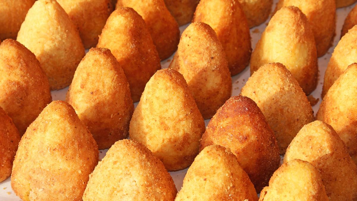 Arancini siciliani: ricetta tipica e differenze tra le varie zone della Sicilia